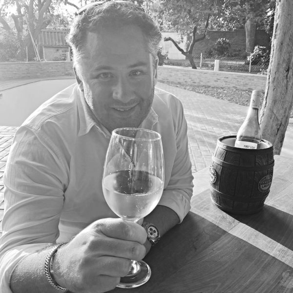 wines-and-wings-malawi-team-Mike